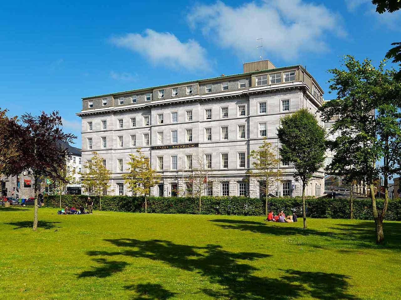 Hotel Meyrick Galway.jpg